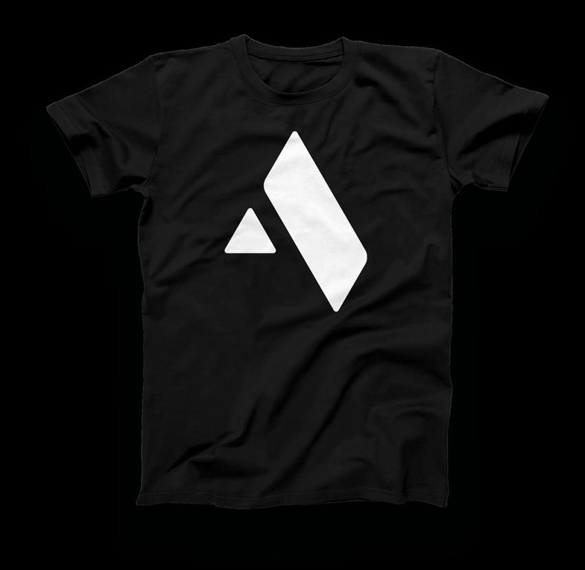 Logo_Shirt_Shot_002
